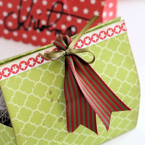 DIY Christmas Gift Boxes - Star Detail