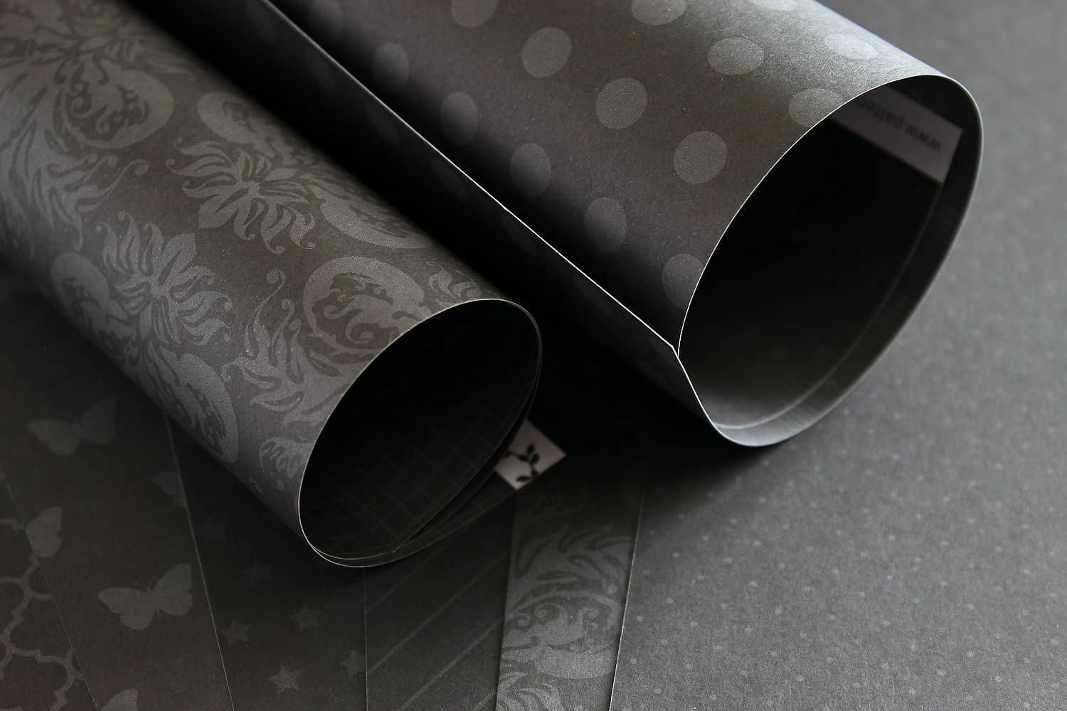 Lady Pattern Paper - Onyx Black