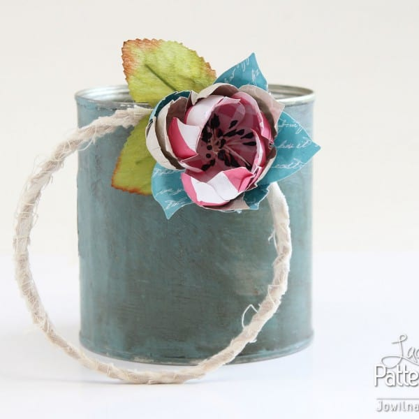 Handmade Flower Wreath - Pretty Tin