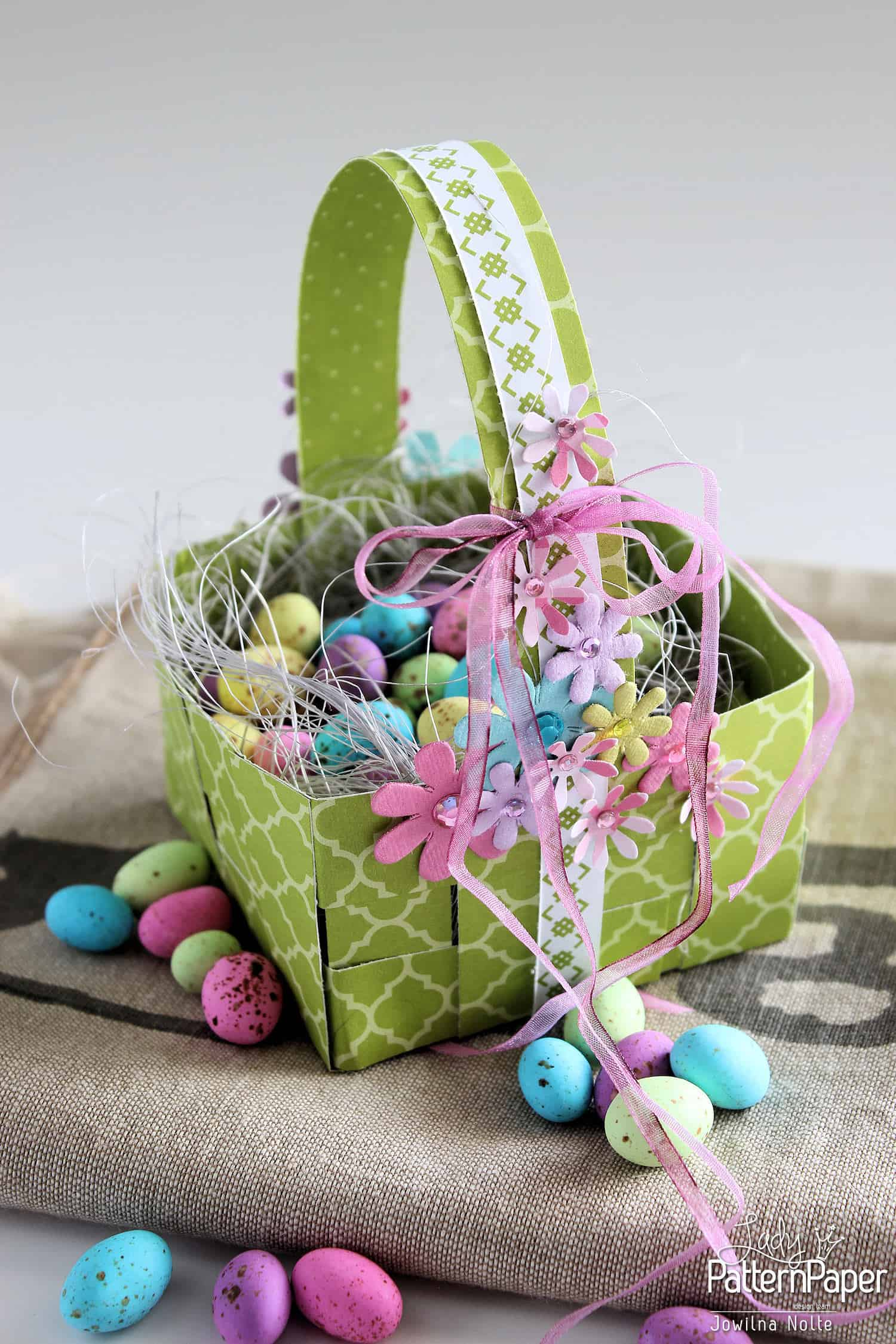 How To Make A Woven Easter Basket : Woven easter basket easy step by lady pattern