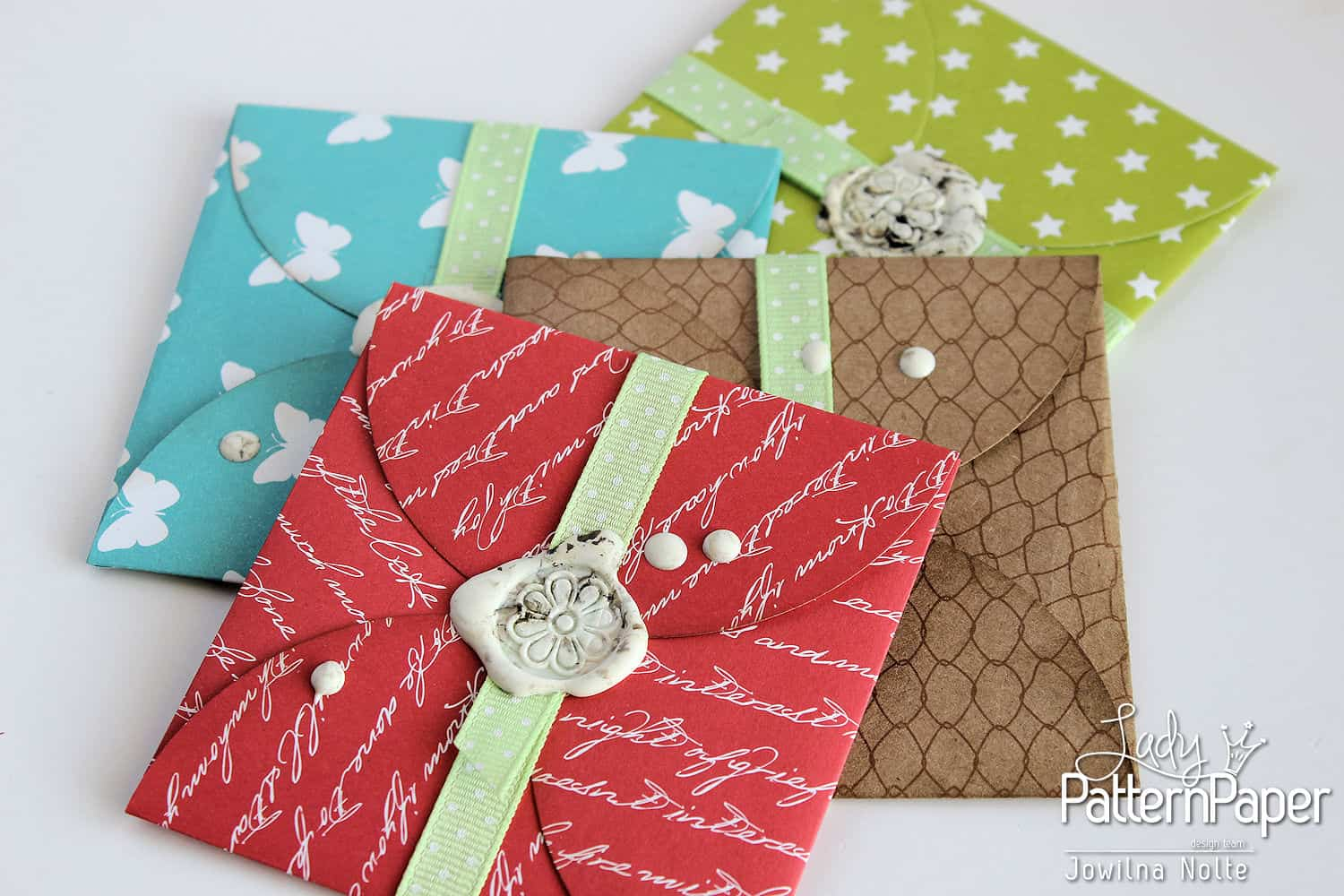 Handmade Gift Card Envelopes ⋆ Lady Pattern Paper Scrapbooking Paper