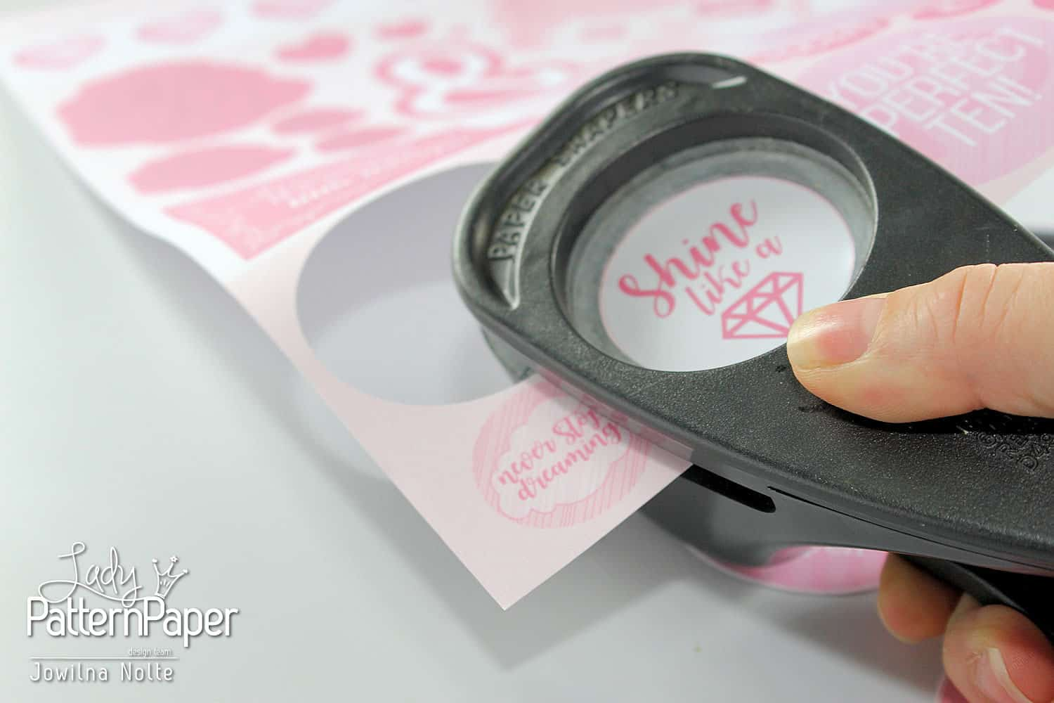 Oh my word! It's a PINK thing - Fussy Cut Sheet - Circle Punch