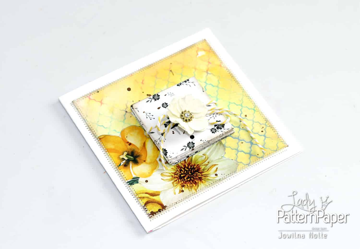 Folded Card - Handmade Pretty
